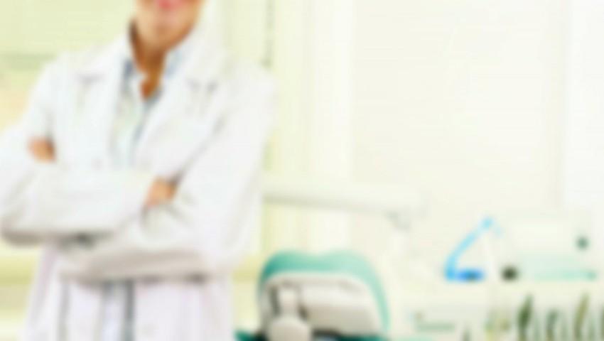 Foto: Medic stomatolog, despre combinația fatală care poate duce la cancer oral