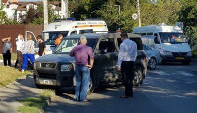 Accident în Capitală: o femeie și copilul ei s-au aflat în pericol