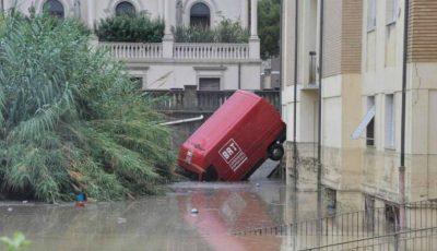 Urgia din Italia se îndreaptă spre România? Meteorologii anunță ploi abundente și vânt puternic