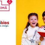 """Foto: La vârsta curiozității copiii poartă """"MaxiKids""""!"""