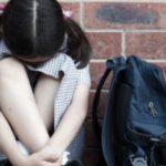 Foto: O fetiță a fost bătută cu bestialitate de tatăl unui coleg de clasă