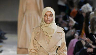 Primul model cu văl islamic a defilat pe podium. Vezi cum arată!