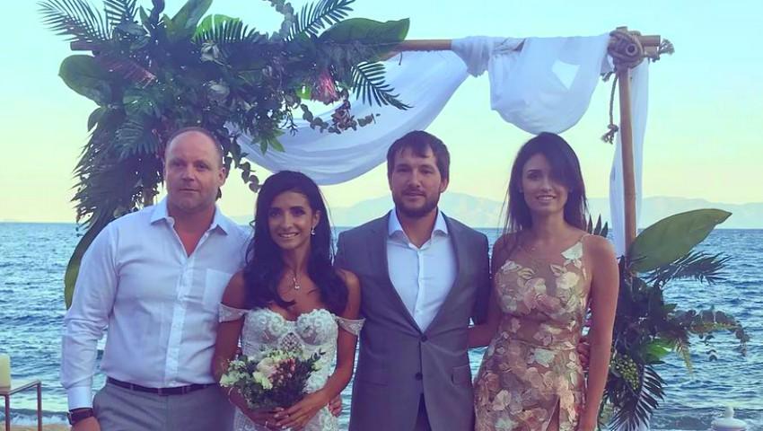 Poze de la nunta prezentatoarei Tv Inesa Voscoboinic, din Grecia! Cum a arătat rochia de mireasă