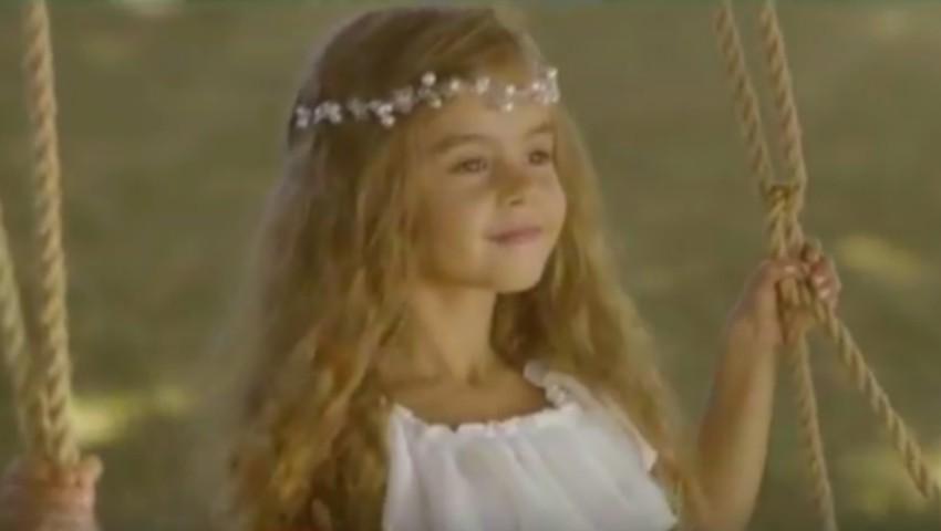 Foto: Kamelia Melnic, protagonistă în videoclipul unei interprete de muzică populară
