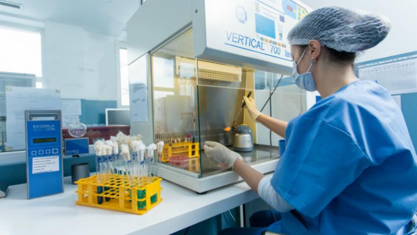 Foto: Premieră în medicina mondială! S-a inventat un tratament revoluționar pentru virusul SIDA-ei
