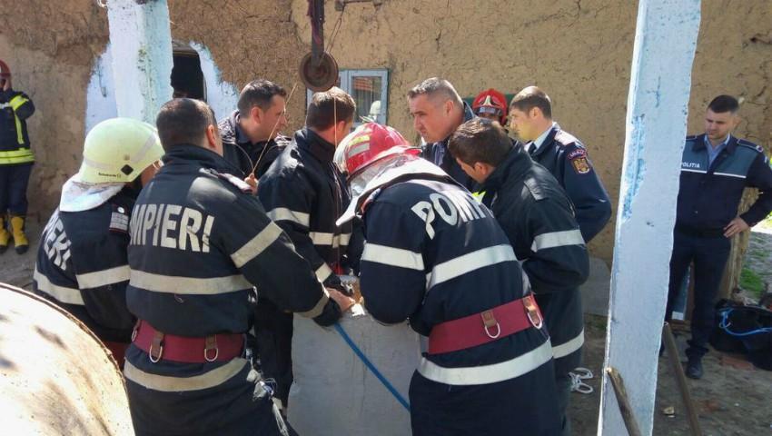 Foto: Tragic! O femeie din Soroca a căzut într-o fântână de 15 metri adâncime