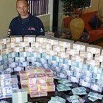 Foto: Un român care a îngrijit o italiancă s-a ales cu o avere de șase milioane de euro