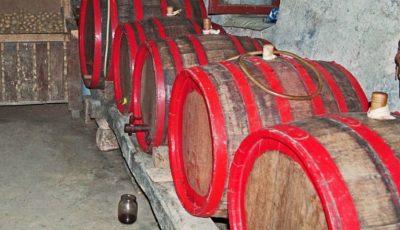 Un bărbat din raionul Cahul a murit intoxicat cu gaze rezultate din fermentarea vinului