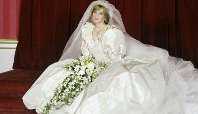 10 detalii mai puțin cunoscute despre rochia de mireasă iconică a Prințesei Diana