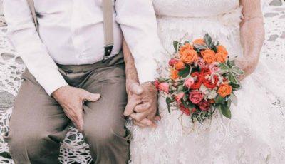 S-au căsătorit în 1957 și nu au făcut nicio poză. Peste 60 de ani, au decis să recreeze momentul!