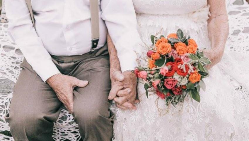 Foto: S-au căsătorit în 1957 și nu au făcut nicio poză. Peste 60 de ani, au decis să recreeze momentul!