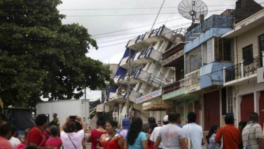 Foto: Bilanțul cutremurului din Mexic a ajuns la o cifră uriașă. O școală s-a prăbușit peste elevi