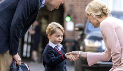 Ce mănâncă Prințul George la școală