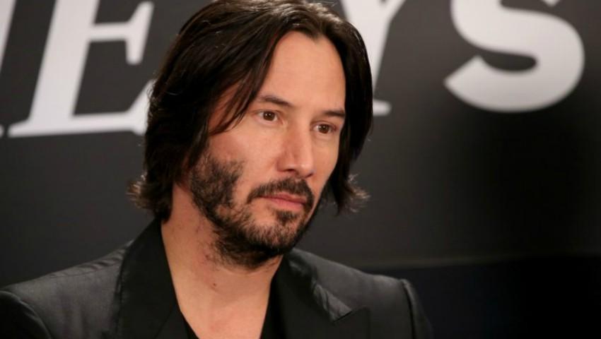 """Foto: Keanu Reeves: """"Eu nu pot trăi într-o lume în care bărbații își îmbracă soțiile ca pe niște prostituate!"""""""