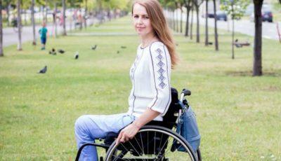 Susține-o cu un vot pe Ludmila Iachim la un concurs de frumusețe!