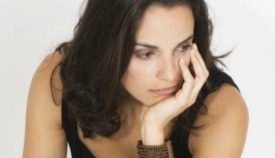 5 motive. De ce îți întârzie menstruația?