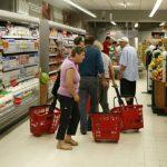 Foto: Date statistice despre modul în care moldovenii își cheltuiesc lunar banii
