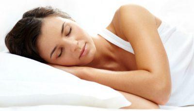 Află care este cea mai bună poziție pentru a avea un somn odihnitor!