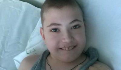 Vladislav are nevoie urgent de un transplant renal. Să-i oferim împreună o șansă la o viață fără durere!