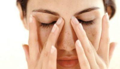 Presopunctura elimină durerea de cap fără medicamente. Iată ce puncte să masezi