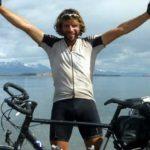 Foto: Record mondial. Un britanic a făcut ocolul Pământului pe bicicletă în 78 de zile. Vezi video