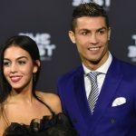 Foto: Adio burlăcie! Ronaldo i-a pus pe deget logodnicei sale un inel cu diamante în valoare de 265 de mii de euro