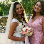 Foto: Emoții mari în familia lui Cristy Rouge. Astăzi sora interpretei s-a căsătorit!