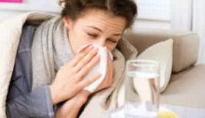 De ce ne îmbolnăvim mai des în sezonul rece?