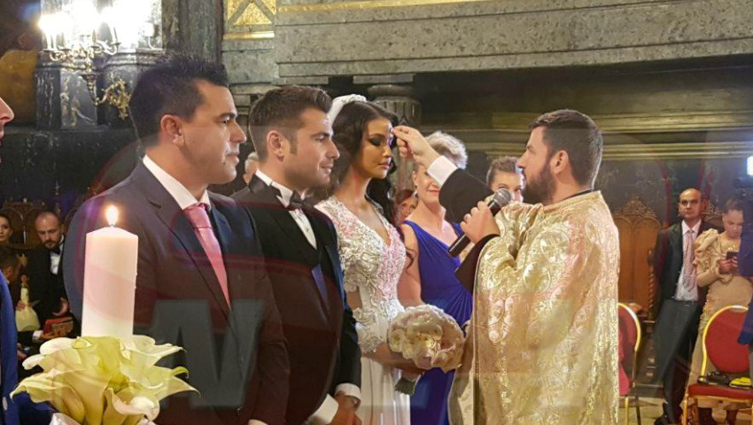 Foto: Primele imagini cu soţia lui Adrian Mutu în rochia de mireasă