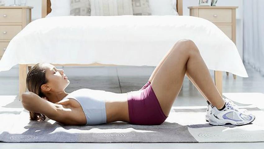 Scapă de durerile menstruale cu ajutorul exercițiilor