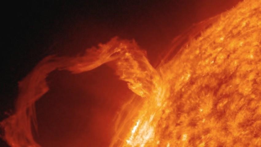 Foto: Avertisment! Pământul va fi lovit de o furtună magnetică la sfârşitul acestei săptămâni