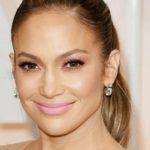 Foto: Jennifer Lopez s-a pozat complet nemachiată la primele ore ale dimineții