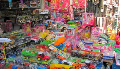 Specialiștii avertizează: majoritatea jucăriilor pentru copii comercializate în piețele din țară sunt toxice
