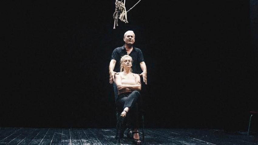 Foto: Karizma s-a lansat în actorie, va juca într-o piesă de teatru. Află detalii