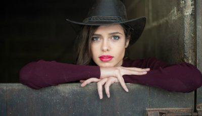 """Moldoveanca Alexandra Marcenco a fost aleasă """"Regina Frumuseții"""" în Portugalia"""