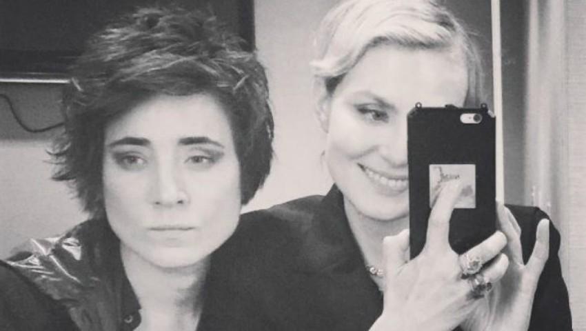 Foto: Interpreta din Rusia Zemfira și regizoarea Renata Litvinova s-au căsătorit