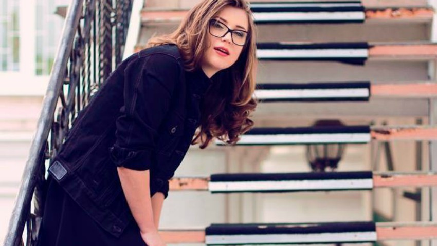 Foto: Jurnalista de modă Iuliana Mamaliga îți recomandă 5 ținute perfecte pentru această toamnă