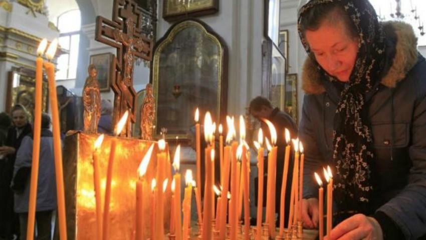 Foto: Creștinii ortodocși de stil vechi îl sărbătoresc astăzi pe Sfântul Ioan Teologul