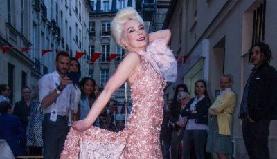 Sfaturile de frumusețe ale româncei care a devenit model parizian la peste 60 de ani