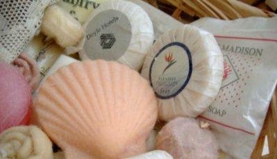 Resturile de săpun rămase în hoteluri sunt reciclate în produse noi de igienă personală