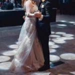 Foto: O interpretă de-acasă a divorțat la nici un an de la nuntă