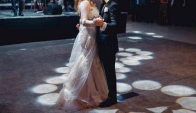 O interpretă de-acasă a divorțat la nici un an de la nuntă