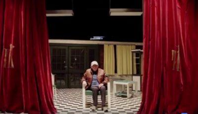 """Video emoționant! Actorul Gheorghe Urschi felicită chișinăuienii de pe scena teatrului ,,Luceafărul"""""""
