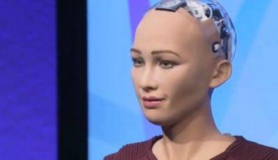 Robotul Sophia a dat primul interviu