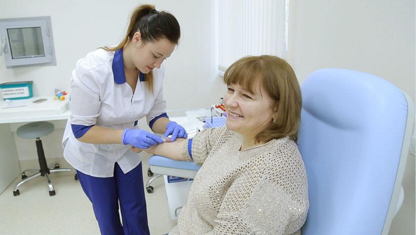 Foto: Ediția 13, ep.3! Știai că analizele medicale îţi spun cum să slăbeşti?