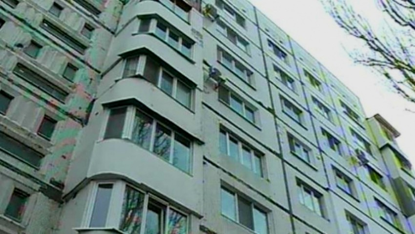 Foto: Imagini de groază. Scara unui bloc cu opt etaje s-a dărâmat cu tot cu locătari