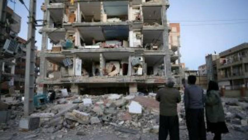 Foto: Un nou cutremur cu magnitudinea de 7,3 grade pe scara Richter a luat peste 200 de vieți