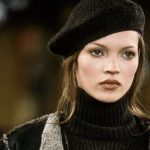 Foto: Kate Moss a dezvăluit trucul ei de frumusețe pentru o piele netedă