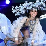Foto: În timpul show-ului Victoria's Secret din China, un model a căzut în timp ce defila pe podium