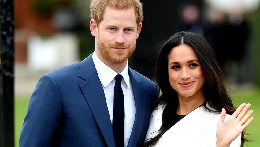 Foto: Prințul Harry și Meghan Markle, prima apariție în public în calitate de logodnici. Cum arată inelul?